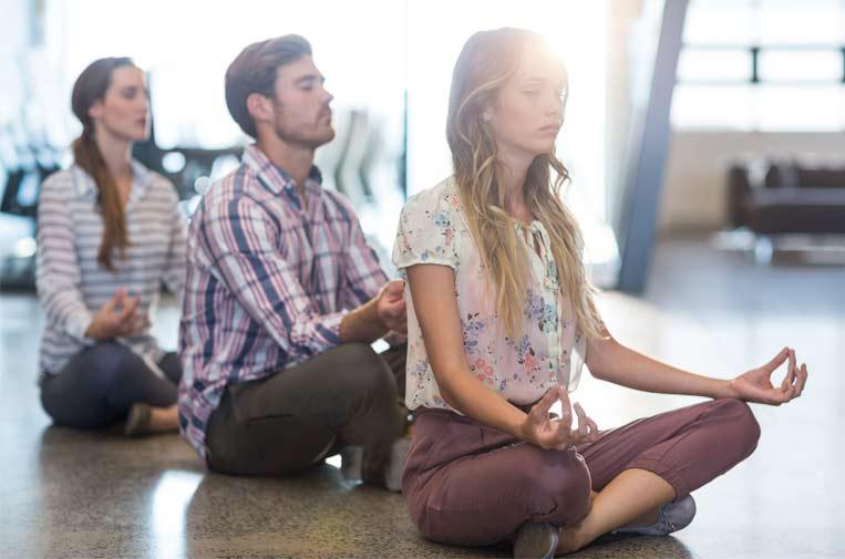 mindfulness empresas empleados estres - 2 Técnicas Infalibles que mejoran el rendimiento de tus empleados.